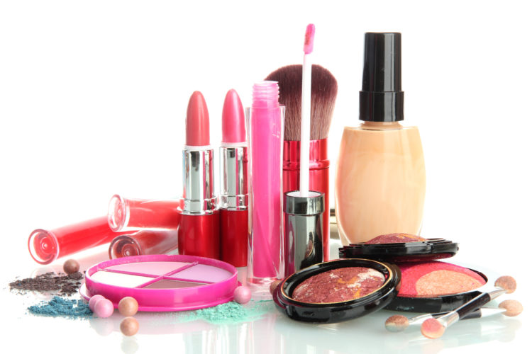 Five Ideas How to Save on Top Quality Make up